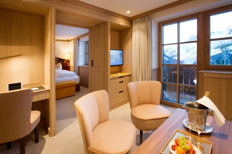 Das Stammhaus Sonnenburg ist ein exklusives 5 Sterne Hotel in Lech am Arlberg.