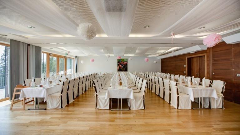 Feiern Sie Ihr Firmen Jubiläum am Arlberg im 5 Sterne Hotel Sonnenburg