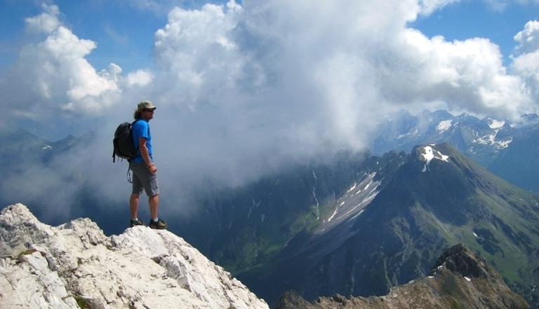 Wandern am Arlberg können Tagungsgäste als Rahmenprogramm rund um das Kongresszentrum Sonnenburg Hotel Lech
