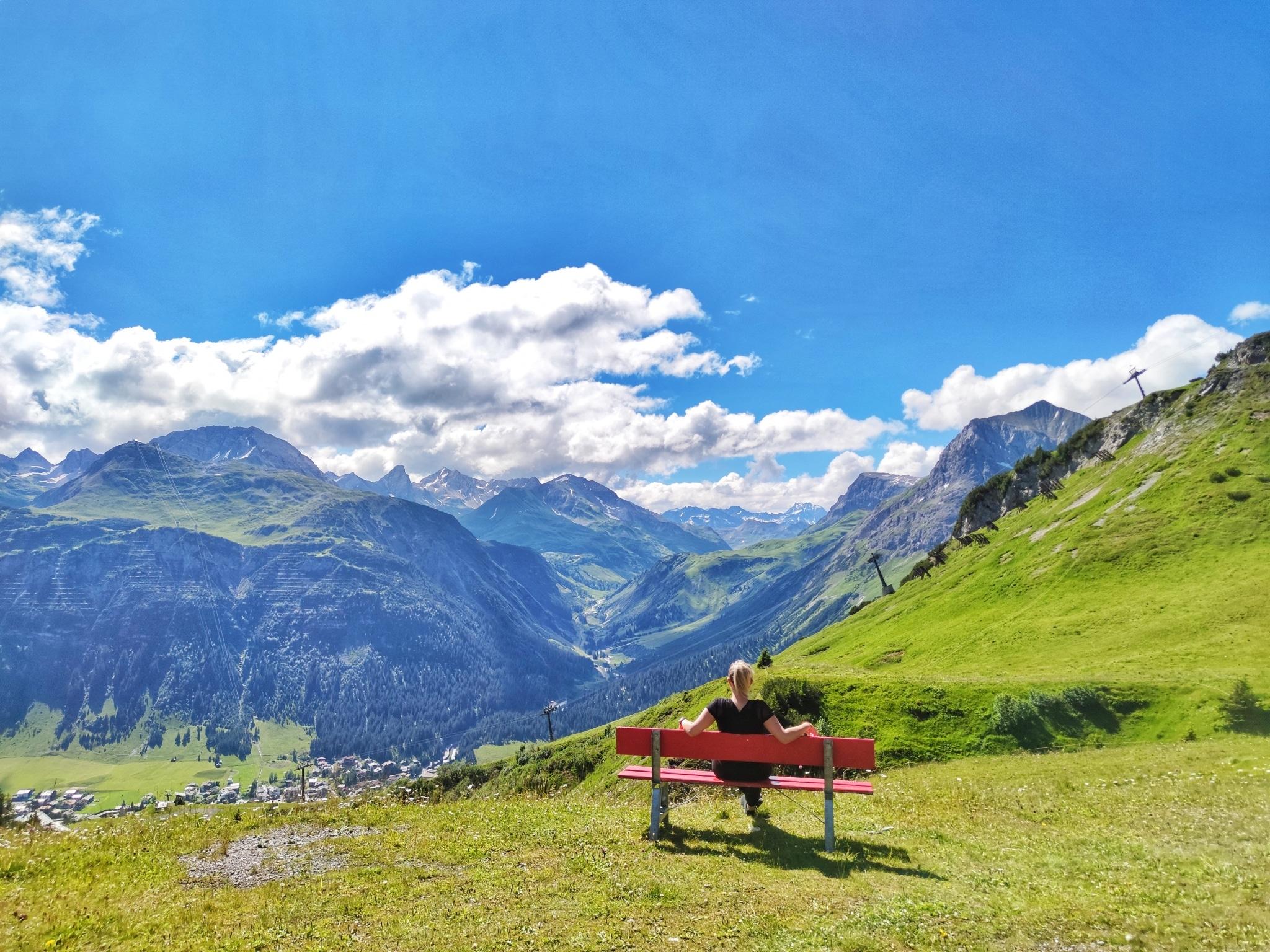 Wandern am Arlberg können Tagungsgäste als Rahmenprogramm rund um das Kongresszentrum Sonnenburg Hotel in Oberlech