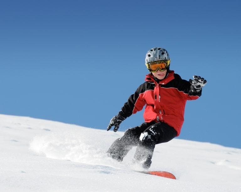 Snowboard fahren lernen am Arlberg geht am besten im Sonnenburg Hotel Oberlech