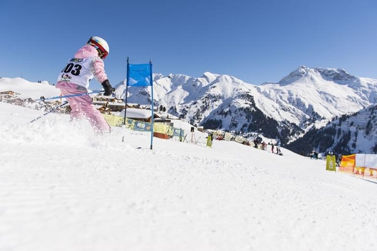 Nur mit Skifahren ist Ihr Familienurlaub im Winter im 5-Sterne-Hotel Sonnenburg vollständig