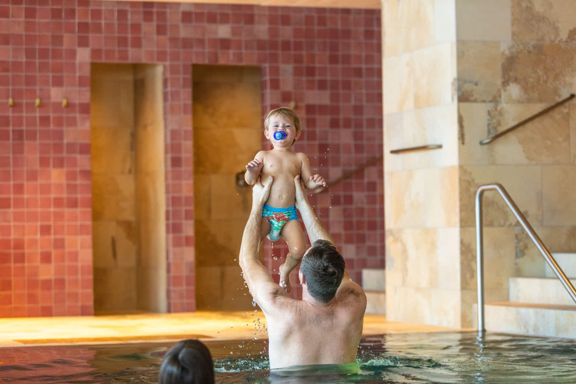 Das 5 -Sterne-Familienhotel Sonnenburg in Oberlech ist Ihr Hotel mit Schwimmbad am Arlberg