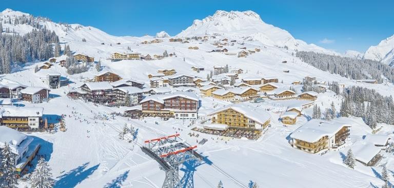Sonnenburg Skihotel in Oberlech am Arlberg
