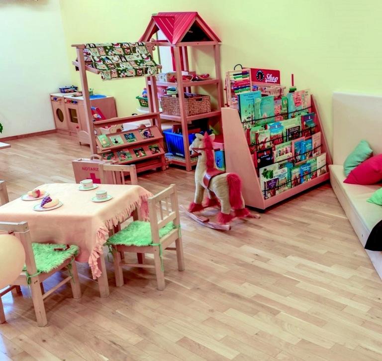 Im gesamten Literaturhotel Sonnenburg finden Gäste gemütliche Orte zum Lesen, auch für Kinder