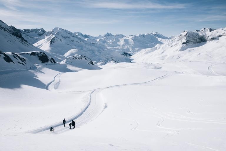Über 40 Kilometer präparierte Winterwanderwege erwarten Sie in Lech. Hier ist für jedes Können und jeden Geschmack der passende Weg dabei.