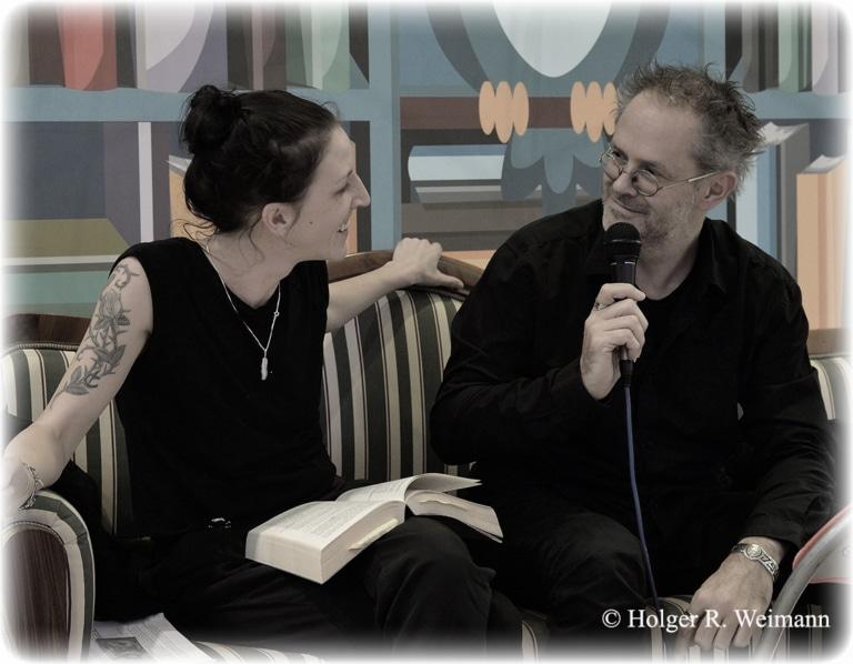 Das Autoren-Duo Judith Raith und Heinz Praßl lesen beim Oberlecher Crime & Fantasy Days
