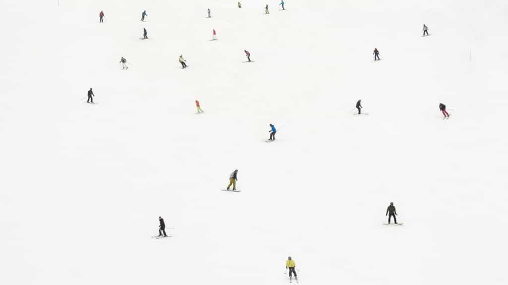 305 bestens präparierte Pistenkilometer und auf der Piste ist reichlich Platz, um so richtig Schwung zu holen - So geht Skiurlaub mit Skipass in Lech am Arlberg
